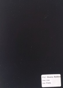 PVC Médio Relevo - Liso Preto